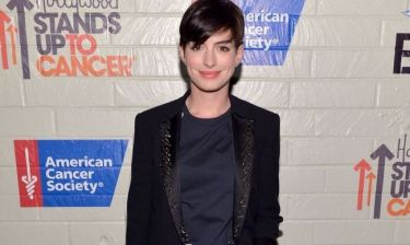 Anne Hathaway: «Xρειαζόμουν οπωσδήποτε ένα φόρεμα, και όλοι με μισούσαν»