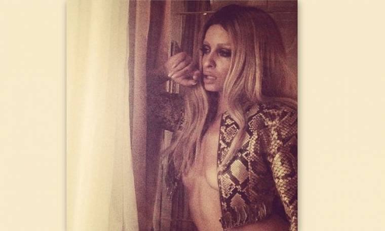 Η Φουρέιρα πέταξε τα ρούχα της και είπε την αλήθεια: «Γεννήθηκα στην Αλβανία»
