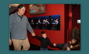 Πέτρος Μπούτος: Στο θέατρο με τα παιδιά του