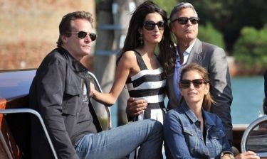 Προβλήματα για τον Clooney. Η Amal ζηλεύει την Cindy Crawford