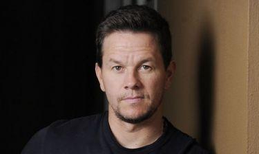 Ο Mark Wahlberg άφησε έναν άντρα τυφλό και τώρα ζητάει… χάρη από την πολιτεία