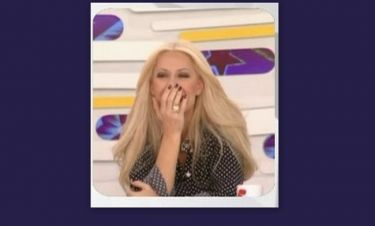 «Έμεινε» η Μπακοδήμου on air όταν οι συνεργάτες της έδειξαν…