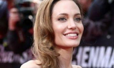 Η κακοτυχία της Angelina Jolie δείχνει να μην έχει… τελειωμό. Τι έπαθε πάλι η σταρ;
