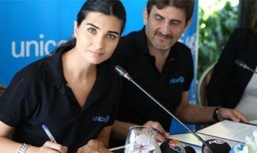Η Τούμπα Μπουγιουκουστούν  ζήλεψε την Angelina Jolie