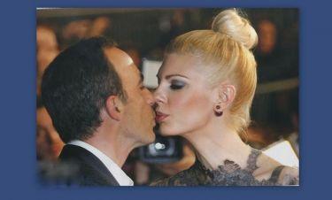 Αλιάγας: Το τρυφερό φιλί στην γυναίκα της ζωής του