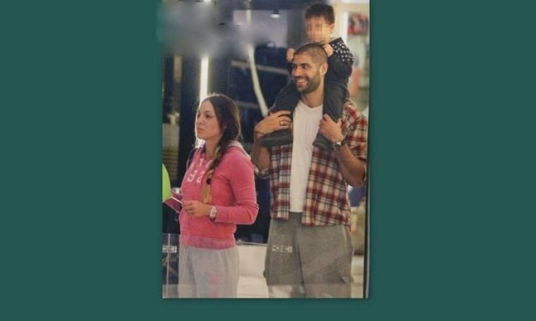 Βασιλόπουλος- Τσουρή: Σε γιορτινή διάθεση με τον γιο τους