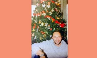 Μέμος Μπεγνής: «Τα Χριστούγεννα τα λατρεύω»