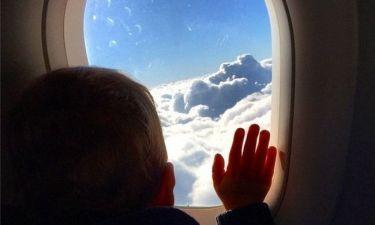 Μαμά και γιος ταξιδεύουν για…