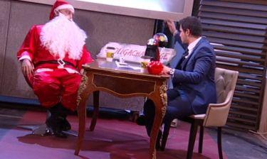Πολύ γέλιο! Ο Δημήτρης Ουγγαρέζος πήρε συνέντευξη από τον… Άγιο Βασίλη