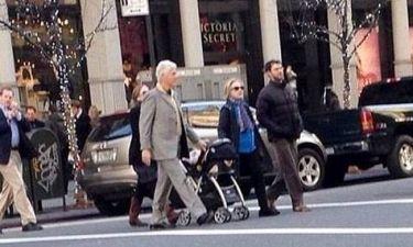 Μπιλ Κλίντον-Χίλαρι Κλίντον: Βόλτα με την εγγονή τους