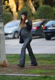 Υβόννη Μπόσνιακ: Σε φόρμα ακόμα και στον 8ο μήνα της εγκυμοσύνης της!