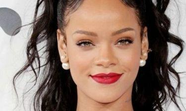 Google: Η Rihanna βρέθηκε στην πρώτη θέση των αναζητήσεων για το κόκκινο χαλί!