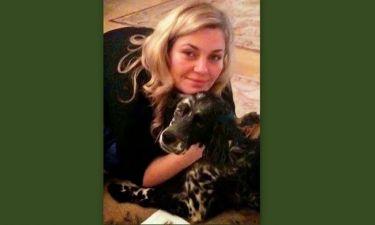 Ελισάβετ Μουτάφη: Βόλτα με τον σκύλο της και στο κρύο
