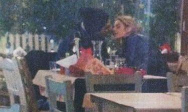 Τρυφερά φιλιά για την Τζένη Θεωνά και τον Δήμο Αναστασιάδη