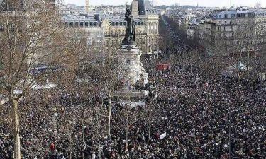Γαλλία: Μεγαλειώδης διαδήλωση για την ελευθερία