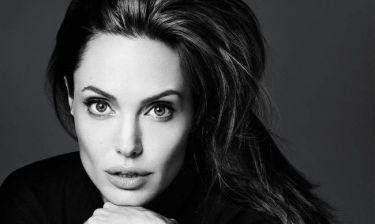 Angelina Jolie: «Δεν έχω facebook, twitter ή instagram»