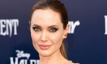 Angelina Jolie: «Η μητέρα μου όμως είχε πάντα τόσο μεγάλη πίστη σε μένα»