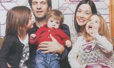 Μουμούρης – Γιαννακοπούλου: Σπάνιο και τρυφερό οικογενειακό στιγμιότυπο