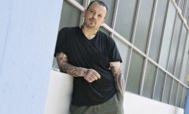 Δημήτρης Σκαρμούτσος: «Έμεινα άστεγος και αποφάσισα να μπω σε πρόγραμμα απεξάρτησης»
