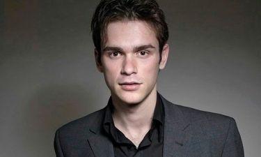 Νίκος Πουρσανίδης: «Στο Λονδίνο έκανα πολλές δουλειές άσχετες με την υποκριτική»