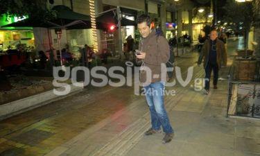 Φοίβος: Με το κινητό στο χέρι στο κέντρο της Αθήνας