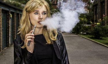 Νέα έρευνα αναφέρει ότι...το ηλεκτρονικό τσιγάρο είναι τόσο καρκινογόνο όσο και η καμένη μπριζόλα σου!