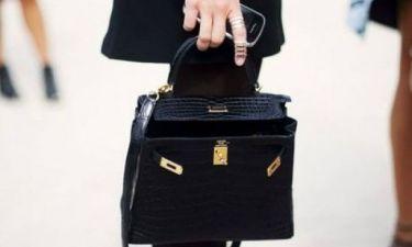 Πώς θα καταλάβεις αν μια επώνυμη τσάντα είναι αυθεντική;