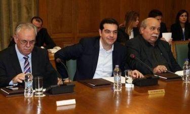 Ο Αλέξης Τσίπρας απαντά στους επικριτές της κυβέρνησης μέσω Twitter!