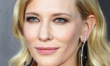 Κι όμως συνέβη: Η Cate Blanchett εμφανίστηκε χωρίς… εσώρουχο στο κόκκινο χαλί (φωτός)