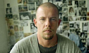 McQueen: Σοκάρουν αποσπάσματα της βιογραφίας του πέντε χρόνια μετά την αυτοκτονία του