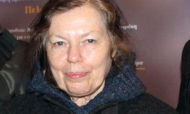 Ρούλα Πατεράκη: «Είναι φορές που λατρεύω το θέατρο και άλλες που το μισώ»