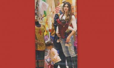 Σταματίνα Τσιμτσιλή: Για αποκριάτικες στολές με τις κόρες της