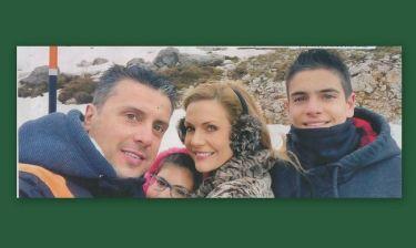 Έμη Λιβανίου: Στα χιόνια με τα παιδιά της