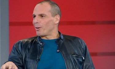 Κι όμως ο Γιάνης Βαρουφάκης έχει φορέσει... παπιγιόν! (φωτό)