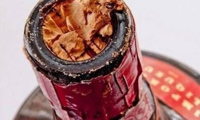 Δεν πάει ο νους σας τι πρέπει να κάνετε για να μπει ξανά ο φελλός στο μπουκάλι!