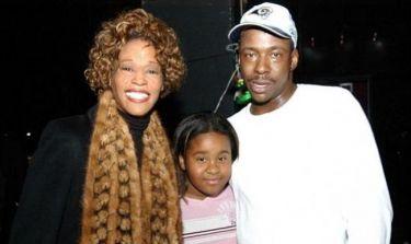 «Είδα τη Whitney και τον Βobby να καπνίζουν ναρκωτικά μπροστά στην 5χρονη κόρη τους»