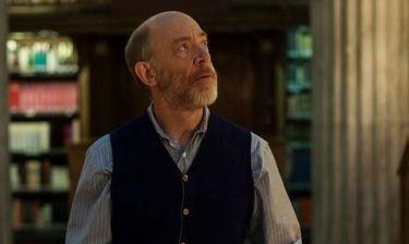 Τζέι Κει Σίμονς: «Για έναν ηθοποιό θεωρώ ότι όλα σχετίζονται με τον ρόλο»