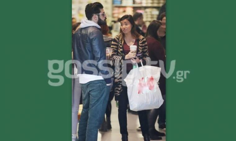 Οι ερωτευμένοι κάνουν shopping therapy