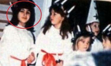Ποια Ελληνίδα τραγουδίστρια είναι το κοριτσάκι της φωτό;