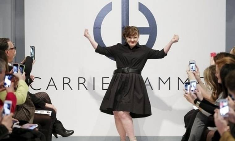 Jamie Brewer: Περπάτησε στην πασαρέλα πρώτη φορά γυναίκα με σύνδρομο down