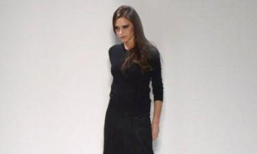 Ποιος μίλησε για... ντίβα; Η Victoria Beckham τολμάει να «τσαλακωθεί»