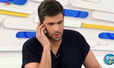Πολύ γέλιο! Ο Ουγγαρέζος απαντά στο κινητό της Μπακοδήμου και γίνεται.. χαμός