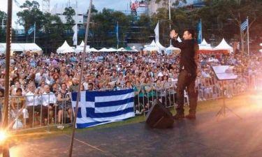 Δημήτρης Μπάσης: Χαμός στην Αυστραλία με τις συναυλίες του
