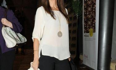 Ελληνίδα παρουσιάστρια έπαθε κρίση ειλικρίνειας και δηλώνει «Έχω κάνει πολλά botox και φοράω τρέσες»