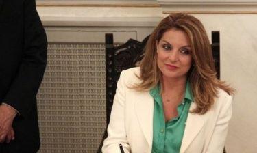 Ωραιότερη πολιτικός του κόσμου η Άντζελα Γκερέκου και 8η η Καΐλη