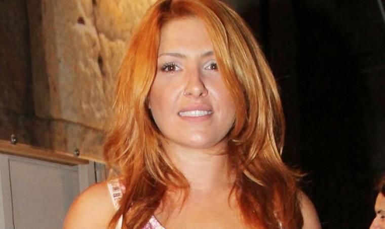 Έλενα Παπαρίζου: «Έτσι ξεκίνησα την καριέρα μου…»