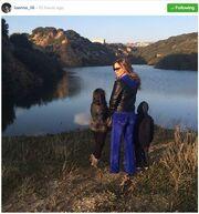 Ιωάννα Λίλη: Απογευματινή βόλτα με τα παιδιά της (φωτό)