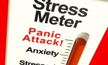 Κρίσεις πανικού: Τι τις προκαλεί και ποια συμπτώματα έχουν