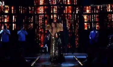 Eurovision 2015: Μαίρη και Ντορέττα: Τραγούδησαν το «Rise Up» με Freaky Fortune