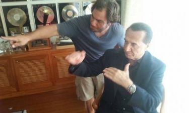 Σοκ: Ο Μανώλης Τζιράκης πέθανε στα χέρια της συντρόφου του (Nassos blog)